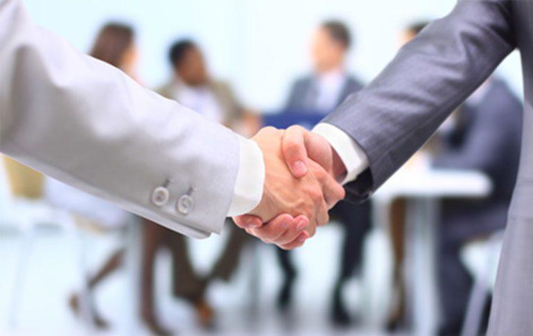 partenaires-handshake